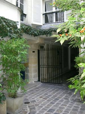 appartement-porte-dentree-fengshui